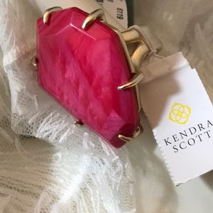 PINK KENDRA SCOTT STATEMENT COCKTAIL RING SIZE 8